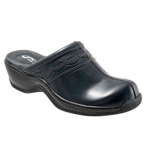 comfort clogs for softwalk abby s comfort clogs free shipping