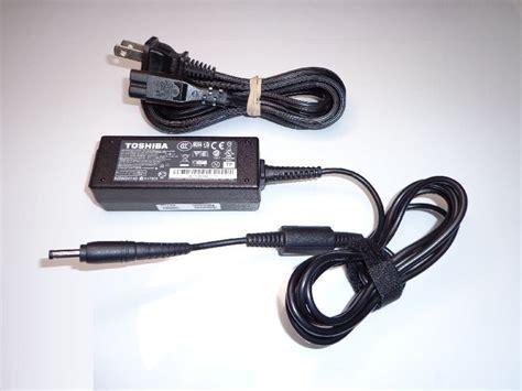 Terlaris Adapor Netbook Toshiba 19v 1 58a Toshiba Nb Series original oem toshiba pa3922u 1aca pa 1300 03 19v 1 58a netbook ac adapter
