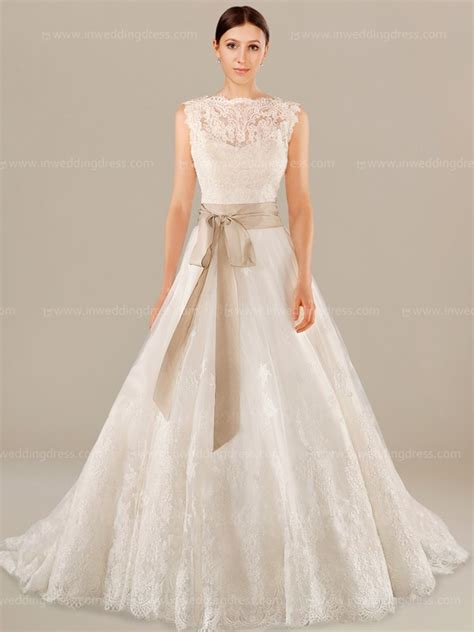 Vintage Wedding Dress Our One by Sleeveless Modest Vintage Wedding Dress De049