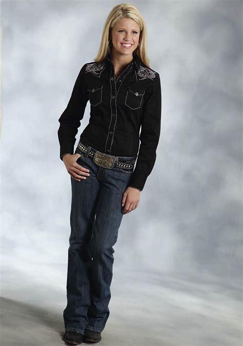 Wst 19697 Black Emrbroidered Shirt roper 174 womens black tribal embroidered saddle stitched sleeve snap west shirt