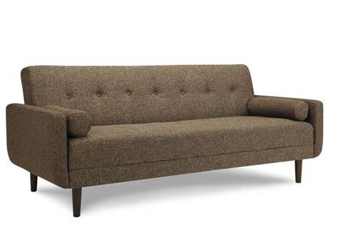 mad men sofa 17 beste afbeeldingen over looking for the perfect sofa op