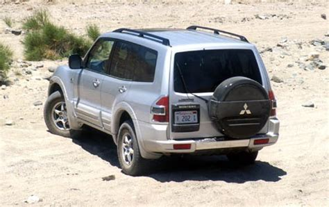 used 2002 mitsubishi montero for sale pricing features edmunds