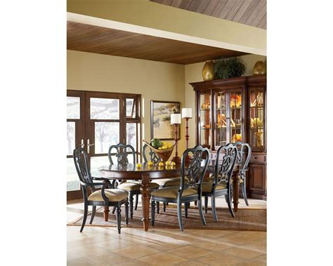 thomasville dining room breakfront china cabinet dining room furniture