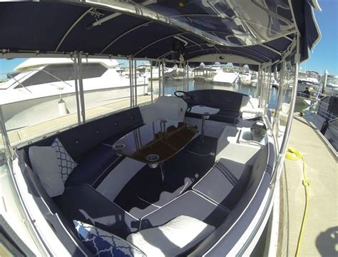 duffy boat rentals chicago interior seating on the duffy electric boat duffy