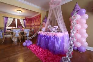 princess home decoration balloon decor by front window and tulle with lights around table princess pinterest front