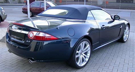 how does cars work 2008 jaguar xk free book repair manuals file jaguar xk8 cabriolet rear 20070520 jpg wikimedia commons
