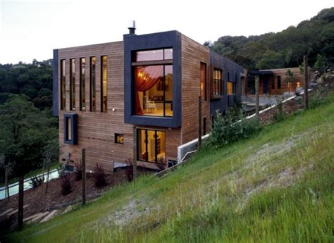 The meet build house on a hillside special requirements of