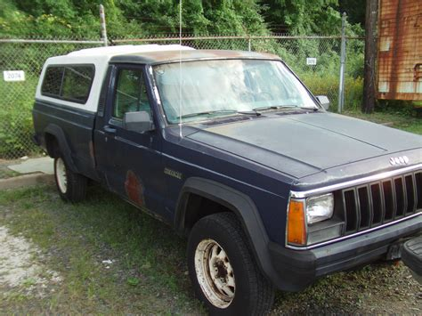 jeep comanche 1986 jeep comanche 4x4 4 cylinder 4 speed bed