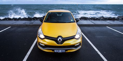 2015 renault clio rs200 review term report two
