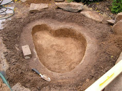 digging a backyard pond how to build a fish pond or garden pond 6 steps