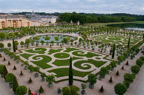 Beaux Jardins Privés by Tour Versailles Giverny