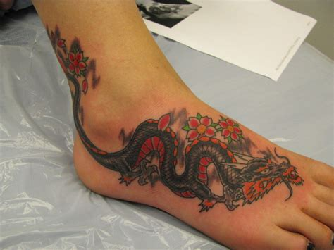 tattoos of dragons on foot tattoos photo gallery