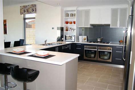 kdw home kitchen design works 30 supremely luxurious kitchen designs page 2 of 6