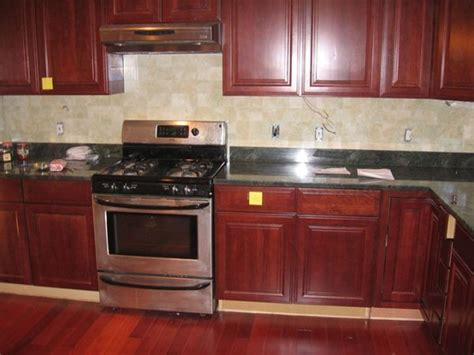 kitchen color ideas with oak cabinets medium oak kitchen cabinets newhairstylesformen color