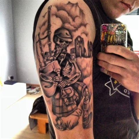 bagpipe tattoo designs 25 great scottish tattoos ideas golfian