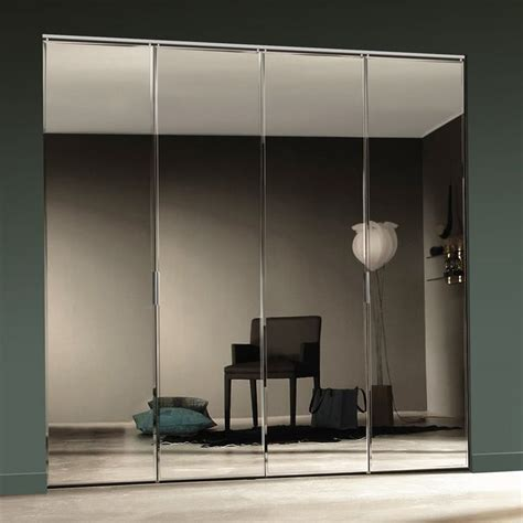 Interior Doors With Mirrors Best 25 Mirrored Bifold Closet Doors Ideas Only On Pinterest Bifold Interior Doors Mirrored