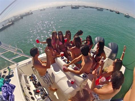 yacht party miami bachelor yacht party in los angeles http www yachtparty