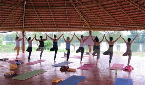 Best Detox Retreats In India by And Meditation Retreats For Beginners India Dandk