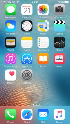 iphone layout ios 9 file ios 9 homescreen png wikipedia