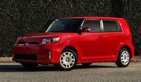 scion box car 2014 scion xb overview cargurus