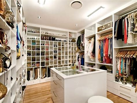 big closet ideas 1000 images about her walk in closet on pinterest