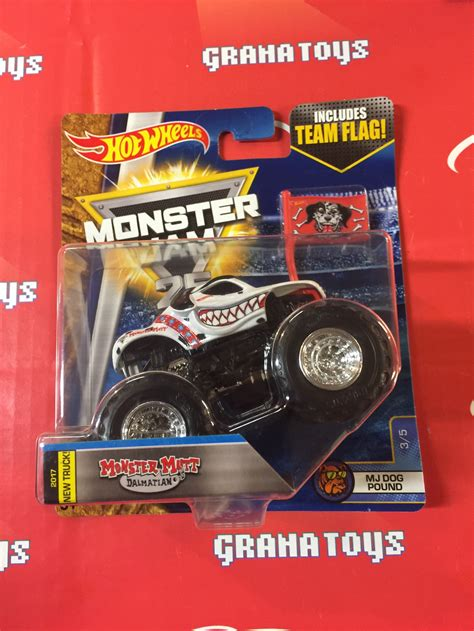 monster jam dog monster mutt dalmation 3 5 mj dog pound 2017 wheels