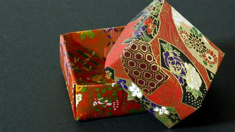 Japanese Origami Box - how to fold a traditional origami box masu box