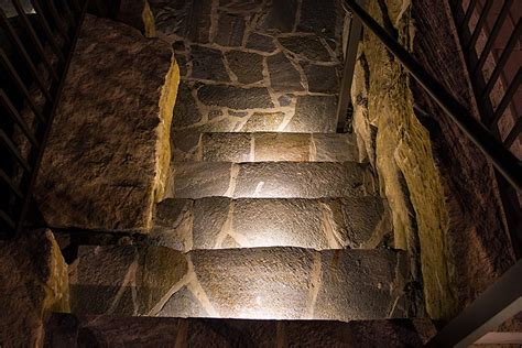 beleuchtung natursteinmauer led hardscape light 6 quot deck step and landscape