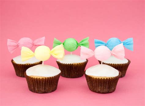 How To Make Paper Cupcake Toppers - how to make a cupcake toppers cakejournal