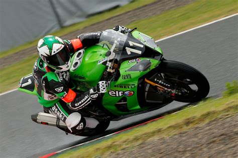 Motorrad 8 Stunden by Kawasaki Beim 8 Stunden Rennen In Suzuka 2015 Motorrad