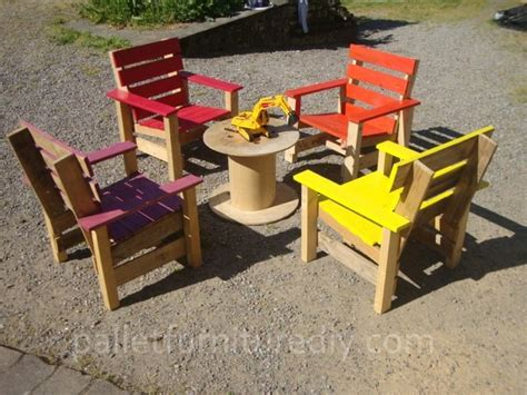 armchairs for kids pallet made furniture for kids recycled things