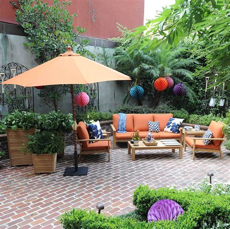 Target Outdoor Decor Popsugar Home Courtyard Decorating Ideas And Smith Hawken For Target