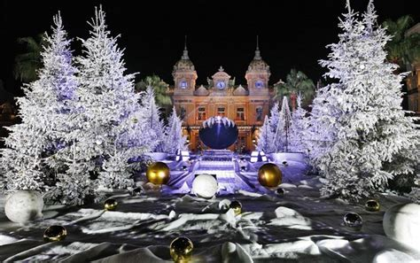 christmas decorations around the world