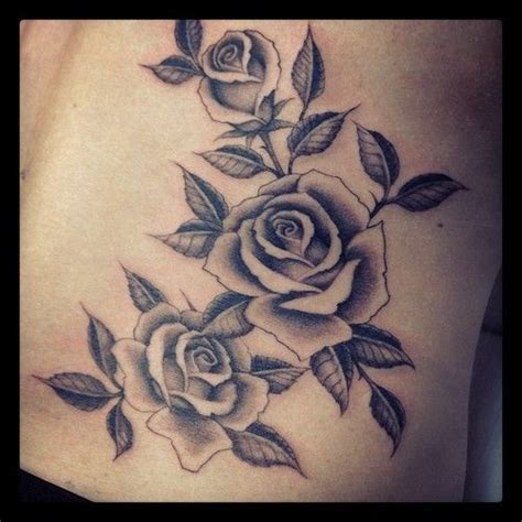 flowing tattoo designs 25 best ideas about lower hip tattoos on