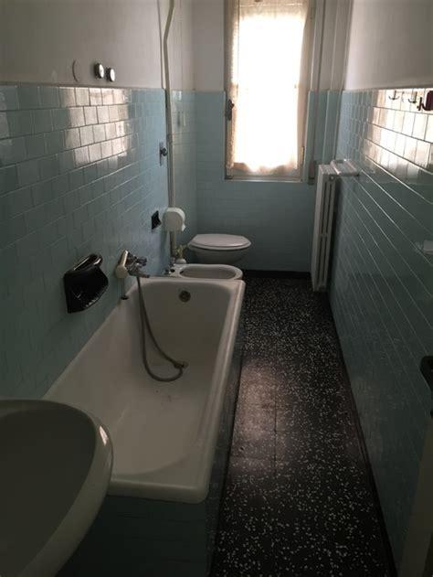 togliere vasca mettere doccia togliere vasca da bagno e mettere doccia doccia colorata