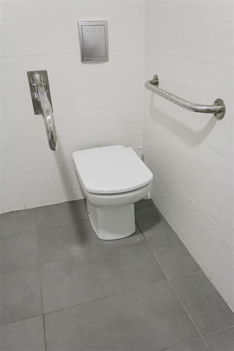 toilettenbecken mit dusche ma 223 e f 252 r toilettendeckel 187 welche unterschiede gibt es