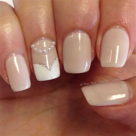Wedding Bell Nail Design by Best 25 Bridal Nail Ideas On Bridal Nails