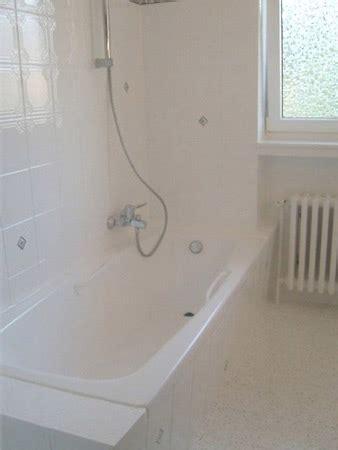 wohnfläche badezimmer bad renovieren ohne fliesen dusche ohne fliesen k che bad