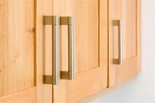 Door Handles For Kitchen Cabinets Tips For Replacing Cabinet Handles And Drawer Knobs New Zealand Handyman Magazine