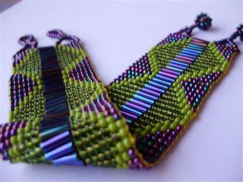 bead weaving http greathandcraftedjewelry files image