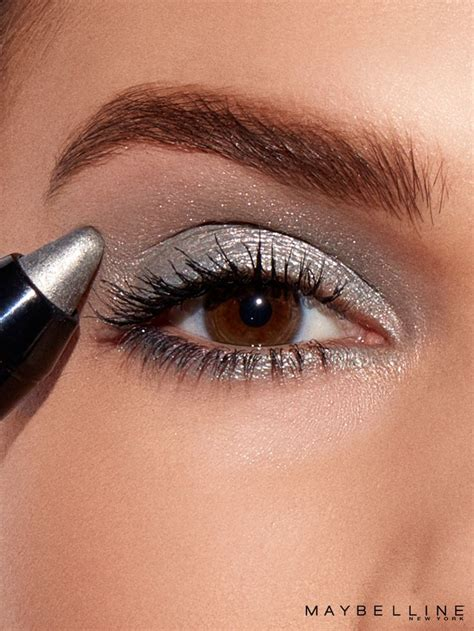 what colors make silver 25 best ideas about silver eyeshadow on