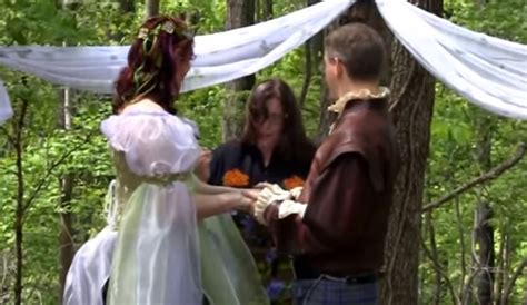 8 Best Pagan Websites by 8 Best Pagan Wedding Vows For Marriage