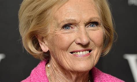 mary berry reveals she uses bargain beauty buy 163 4 99 e45 cream
