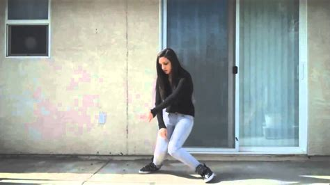 this amazing girl mastered dubstep dancing by youtube primadonna girl dubstep dance youtube