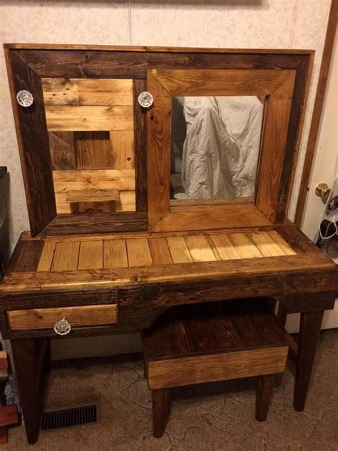Handmade Makeup Vanity - rustic pallet vanity with stool 101 pallet ideas