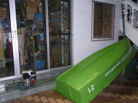 rowboat in a flood rowboat thaiflood ลงข นซ อเร อพาย ร วมบร จาค ต ลาคม 2010