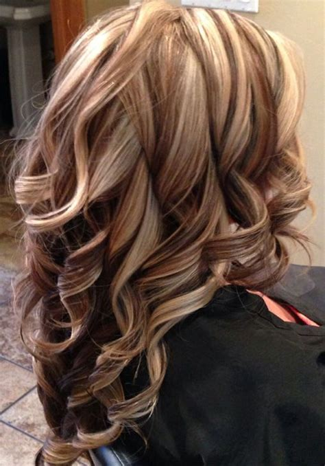 pictires of highlights with smsll lowlights pretty bold highlight long layered hairstyles for women