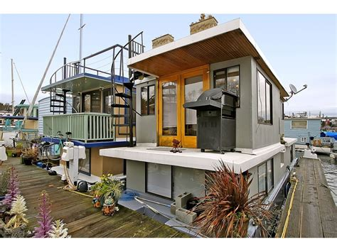 fixer upper house boat 152 best images about houseboats waterhouses on pinterest
