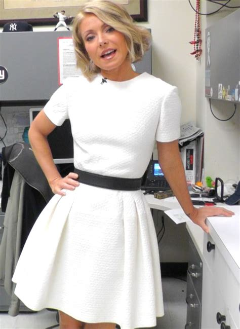 celebrity fashion finder instagram 56 best images about kelly ripa style watch on pinterest