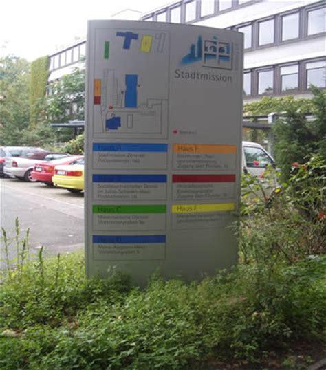 Beschilderung design deutschland verkehrszeichen